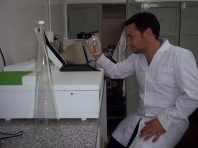laboratorio de analisis de a y alim (2)